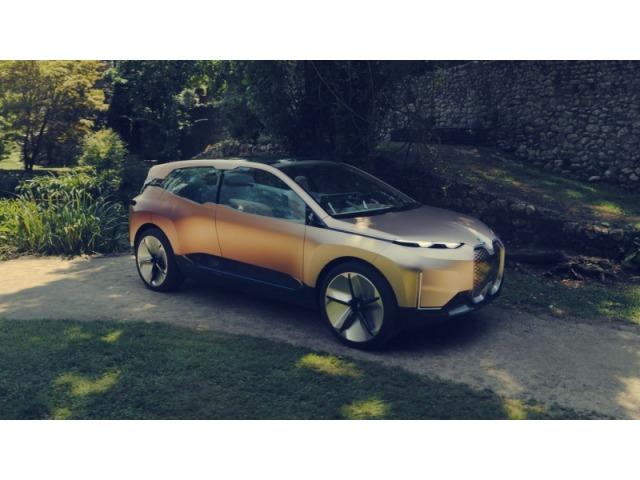 BMW ANUNCIA SUV ELÉTRICO E AUTÔNOMO PARA 2021