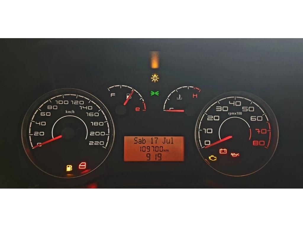 PUNTO ESSENCE 1.6 16V (FLEX) 2012